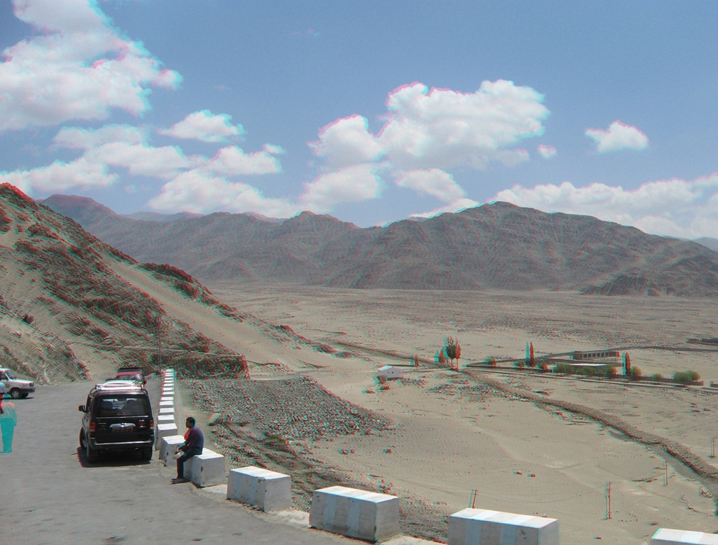 Road to Thiksey Monastery